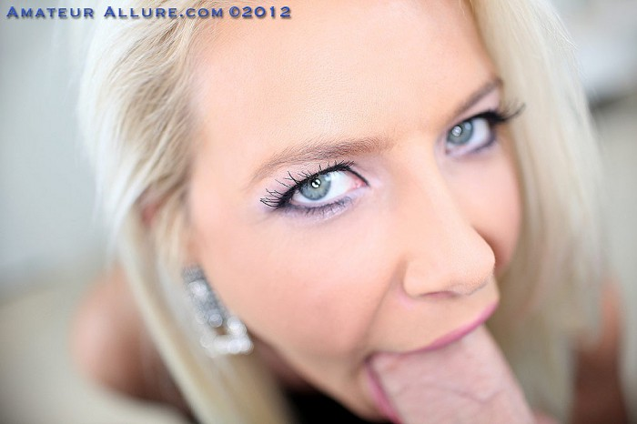 Anikka Albrite Blue Eyes