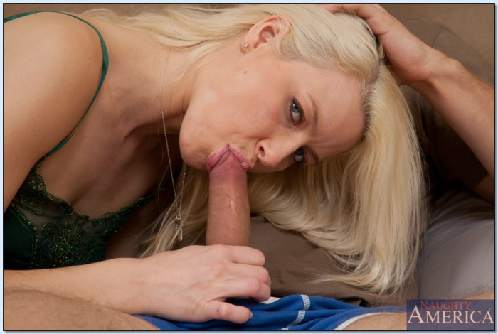 Anikka Albrite Sucking Cock